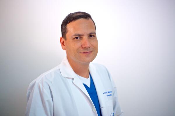 Dr. Víctor Manuel Agudelo Rámos